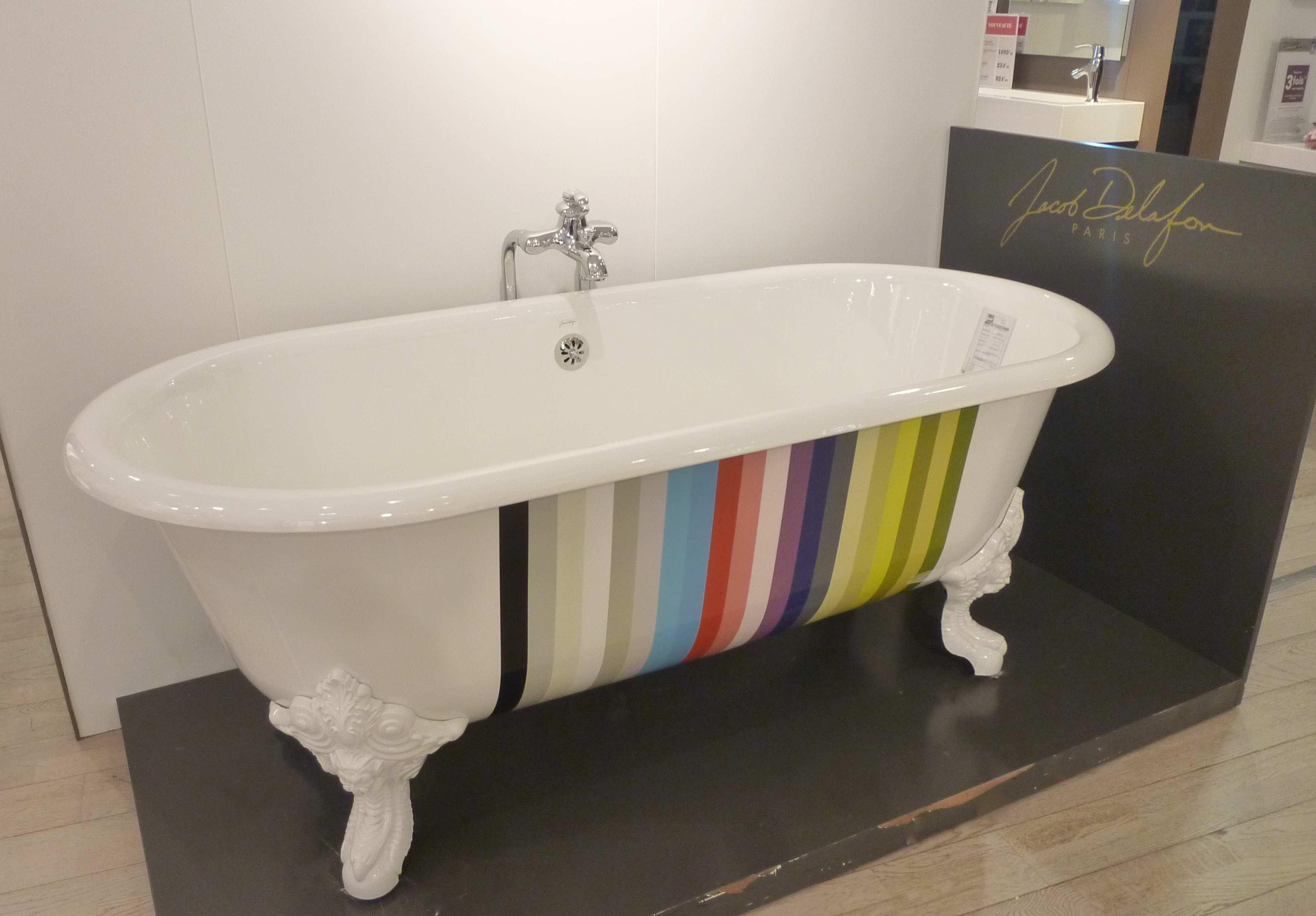 all i want for christmas is a jacob delafon bathtub. Black Bedroom Furniture Sets. Home Design Ideas